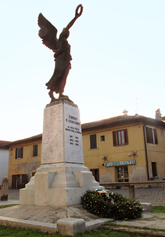This is the memorial to those from town of Zibido San Giacomo that have died in the wars.